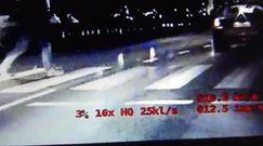 Nieoznakowane BMW przyłapało kierowcę wyprzedzającego na pasach