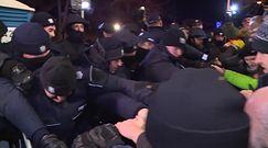 Reforma sądownictwa w cieniu expose. Protesty przed Sejmem
