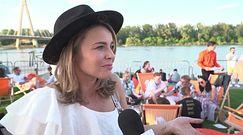 """Edyta Herbuś narzeka na status celebrytki: """"Czasami widzę paparazzi łypiących na mnie zza drzewa"""""""
