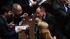Jarosław Gowin porozumiał się z Pawłem Kukizem. Nowe informacje