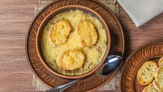 Jesienne inspiracje w kuchni. Francuska zupa cebulowa