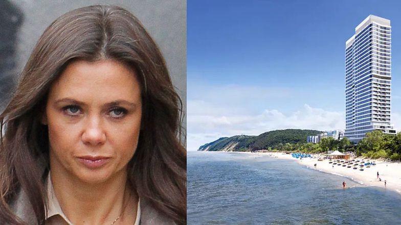 """Kinga Rusin OBURZONA planem budowy 112-metrowego hotelu przy plaży w Międzyzdrojach: """"KTO NA TO POZWOLIŁ?!"""""""