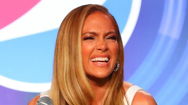 """Jennifer Lopez ZNÓW odpiera zarzuty o zamiłowanie do botoksu: """"LOL, TAKĄ MAM TWARZ"""""""