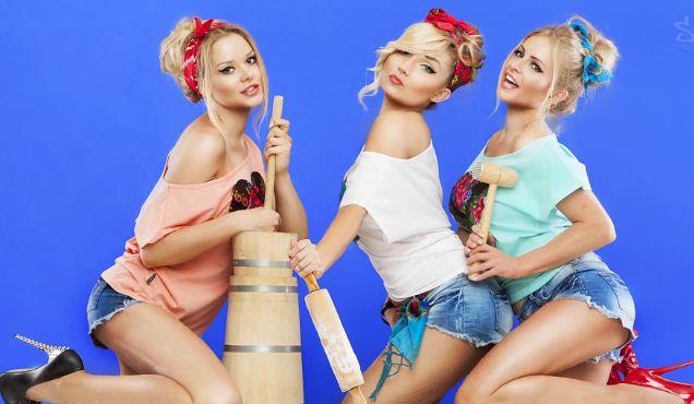 Modelki Donatana i Cleo reklamują ubrania! Seksowne?