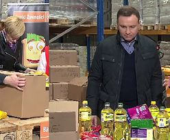 Andrzej i Agata Duda pakują paczki z jedzeniem