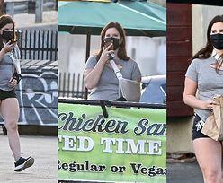 Kontuzjowana Lana del Rey kupuje kanapkę w przydrożnej budzie przed wizytą u lekarza (ZDJĘCIA)