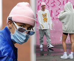 Uzbrojony w maskę Justin Bieber odwiedza centrum zdrowia psychicznego i urządza sobie sesję zdjęciową (ZDJĘCIA)