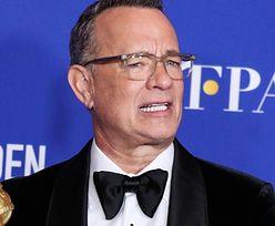 """Zakażony koronawirusem Tom Hanks prezentuje fanom szpitalne śniadanie i dodaje: """"Dziękuję wszystkim, którzy mi pomagają"""" (FOTO)"""