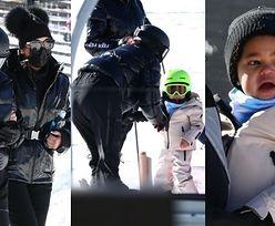 Kylie Jenner uczy Stormi jazdy na nartach podczas rodzinnego wypadu do Aspen (ZDJĘCIA)