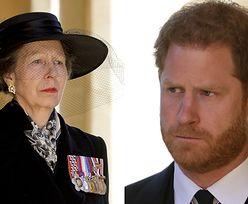 """Księżniczka Anna i hrabina Zofia ZIGNOROWAŁY Harry'ego na pogrzebie księcia Filipa! """"Nikt nie może mu ufać"""""""