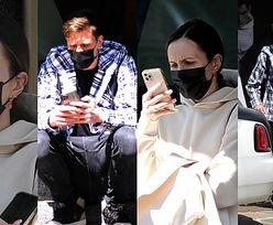 Marina Łuczenko  i Wojciech Szczęsny z nosami na kwintę czekają pod hotelem w Mediolanie na swojego rolls royce'a (ZDJĘCIA)