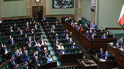 Fundusz Odbudowy. Będą kary dla Siarkowskiej i Janowskiej? Radosław Fogiel odpowiada