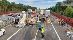 Karambol na A2. W Łódzkiem zderzyło się pięć aut, trzy osoby są ranne