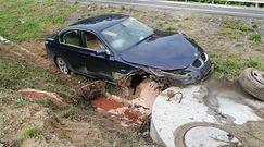 Groźna kolizja bmw na drodze S51. Zobacz zdjęcia z miejsca wypadku