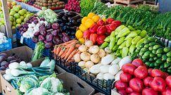 Ceny owoców i warzyw. Ekspert: Pogoda przesuwa sezon, jeszcze może być taniej