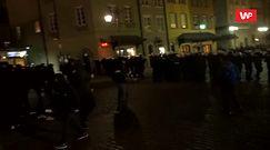 """Strajk kobiet w Warszawie. Reporter WP relacjonuje akcję z """"zadymiarzami"""""""