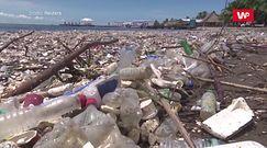 Śmieciowe tsunami niszczy plażę w Hondurasie