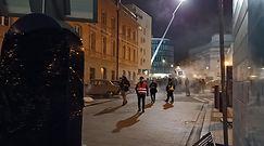 Tłumy na Krakowskim Przedmieściu. Mieszkańcy zaniepokojeni