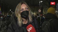 """Aborcja w Polsce. Anja Rubik na strajku kobiet w Warszawie: """"To jest przerażające"""""""