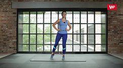 Załóż na nogę gumę i ćwicz codziennie. Szybko zobaczysz efekty