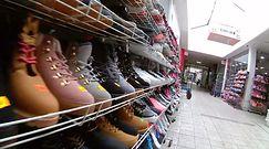 Nalot skarbówki na centrum handlowe w Wólce Kosowskiej. Sklepy pozamykane, pracownikom grożą zwolnienia?
