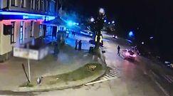 Kierowca potrącił pieszego na przejściu. Policja ostrzega przed nieostrożnością