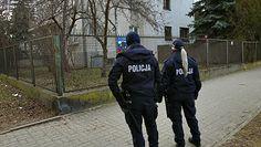 """Policja pod domem Kaczyńskiego. """"Pisowski organ"""". Były szef MSWiA uderzył w komendantów"""