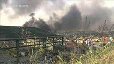 Bejrut. Potężna eksplozja w centrum miasta, dym unosi się z wielu kilometrów