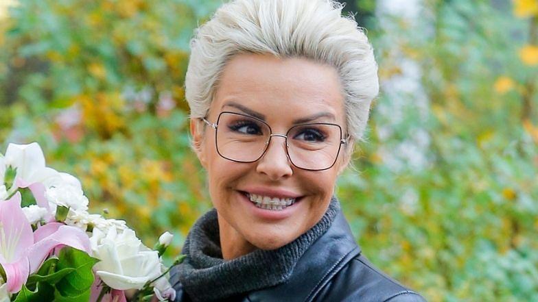 """Odpicowana Blanka Lipińska ekscytuje się metamorfozą u """"makijażystki gwiazd"""": """"WRESZCIE JESTEM ŁADNA"""""""