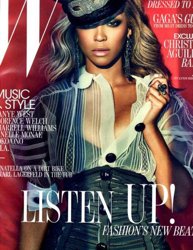 """Dziwna Beyonce na okładce """"W""""! (ZDJĘCIA)"""