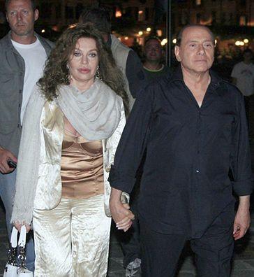 Żona Berlusconiego chce... 65 MILIONÓW DOLARÓW! ROCZNIE!