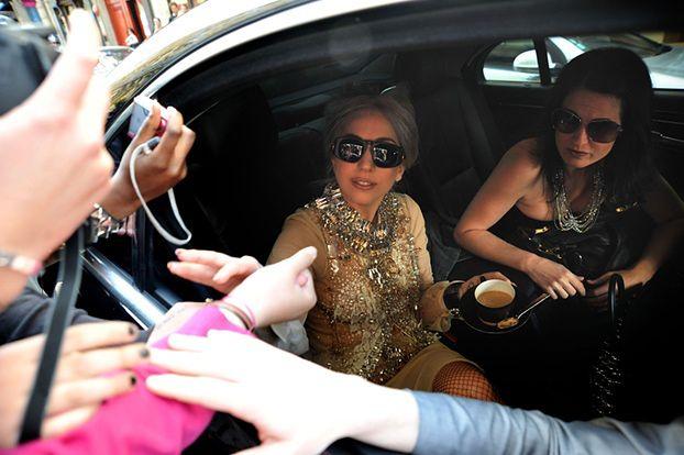 Lady GaGa nienawidzi paparazzi!