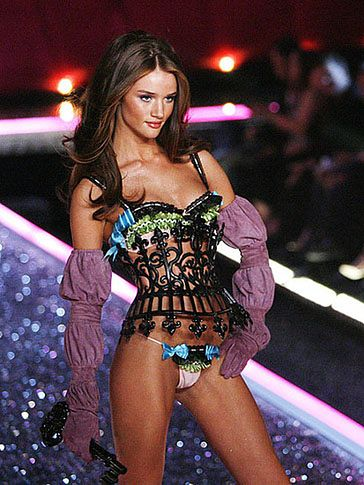 Nowy aniołek Victoria's Secret! (FOTO)