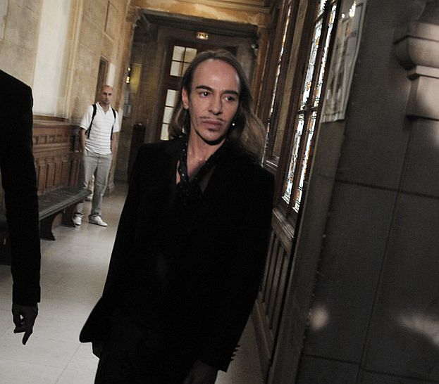 """Galliano w sądzie: """"NIC NIE PAMIĘTAM!"""""""