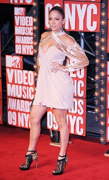Jennifer Lopez wraca do śpiewania! (POSŁUCHAJ!)