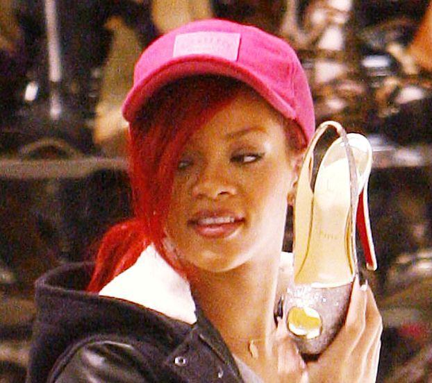 """Rihanna wystąpi na okładce amerykańskiego """"Vogue'a""""!"""
