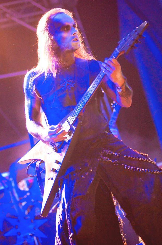 Nergal zagrał pierwszy koncert po chorobie!