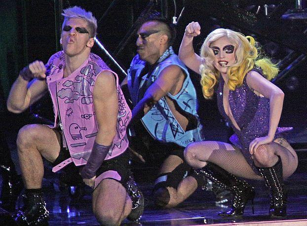 Zabroniła tancerzom... UPRAWIAĆ SEKS!