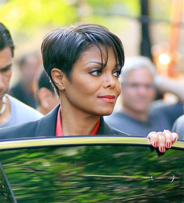Nowy facet Janet jest milionerem!