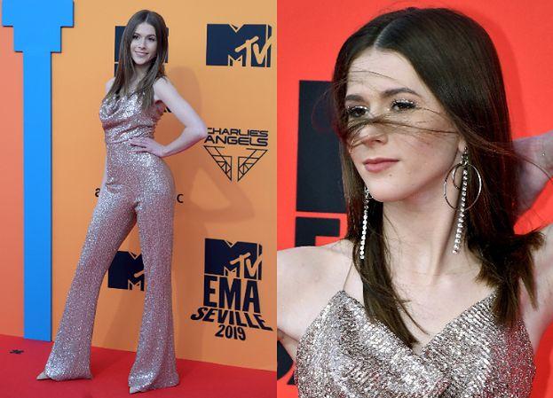 MTV EMA 2019: Cekinowa Roksana Węgiel paraduje po czerwonym dywanie w Sewilli (FOTO)