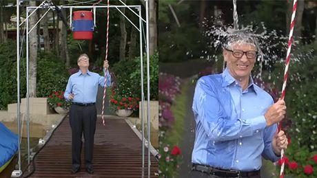 """Zobaczcie """"splash"""" Billa Gatesa! ZBUDOWAŁ MASZYNĘ..."""