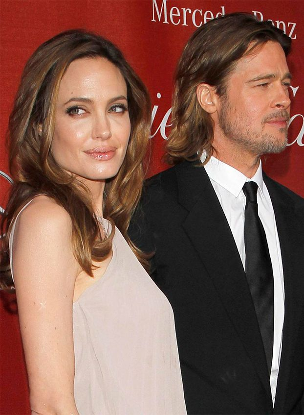 Angelina i Brad ZARĘCZYLI SIĘ!