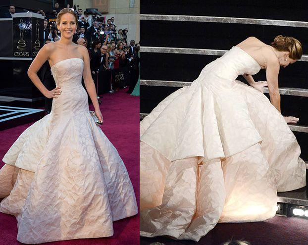 Jennifer Lawrence UPADŁA ODBIERAJĄC OSCARA! (FOTO)