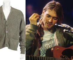 """Sweter Cobaina z koncertu """"MTV Unplugged"""" trafił na aukcję! Razem z jego włosami"""