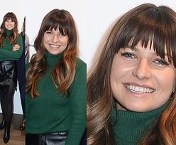 Lewandowska w zielonym golfie chałturzy na otwarciu butiku (FOTO)