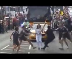 Polka zaatakowana podczas sztafety olimpijskiej!