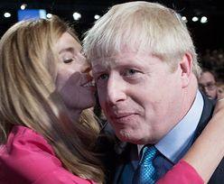 Boris Johnson ZARĘCZYŁ SIĘ! Jego narzeczona SPODZIEWA SIĘ DZIECKA!