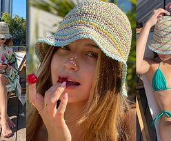 Julia Wieniawa wyleguje się w bikini na tarasie pełnym DROGICH ROŚLIN (ZDJĘCIA)