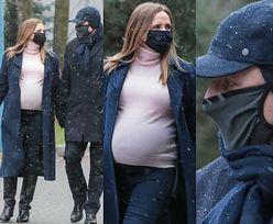 Zakochany Jacek Kurski eskortuje ciężarną żonę w drodze do szpitala (ZDJĘCIA)
