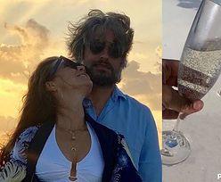 """Kinga Rusin i Marek Kujawa świętują walentynki na Malediwach: """"Miłość, szacunek, wsparcie"""" (ZDJĘCIA)"""